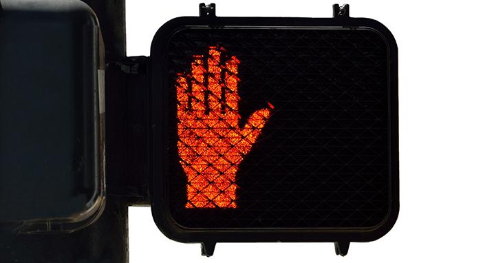 street-light-sign-2334158_718x382